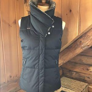 Columbia Sportswear Vest- Faux Fur collar- Size S